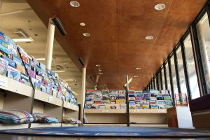 Avalon-Beach-Library reading space